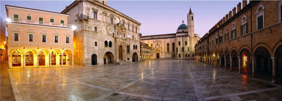 Самые красивые площади Италии, piazza Ascoli Piceno