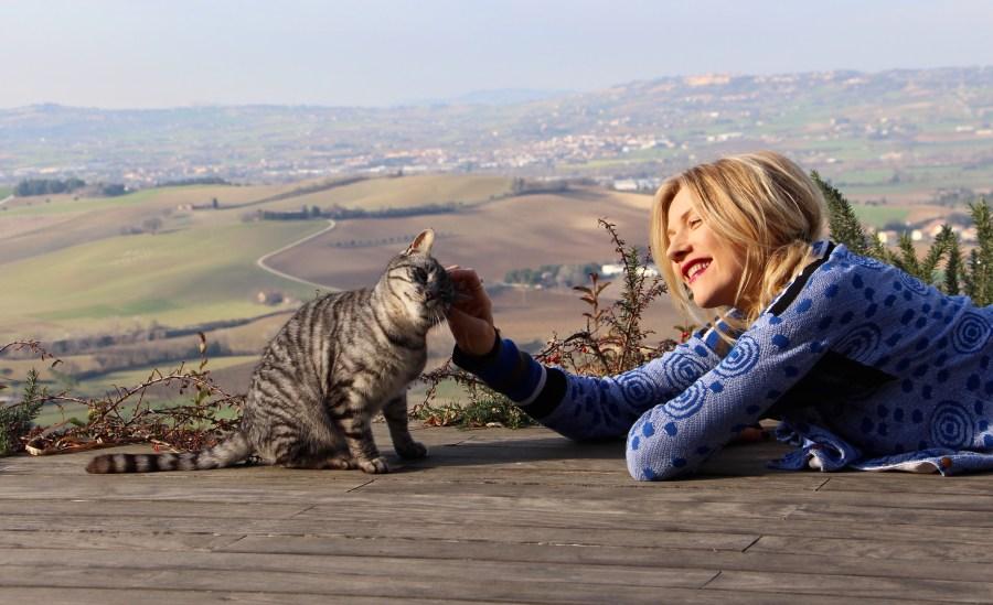 Vacanze con cane e gatto, Natasha Stefanenko e Pinko