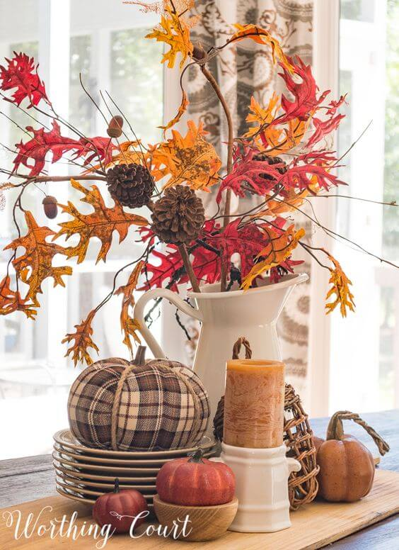 decorare casa con le foglie d'autunno  worthing court.jpg