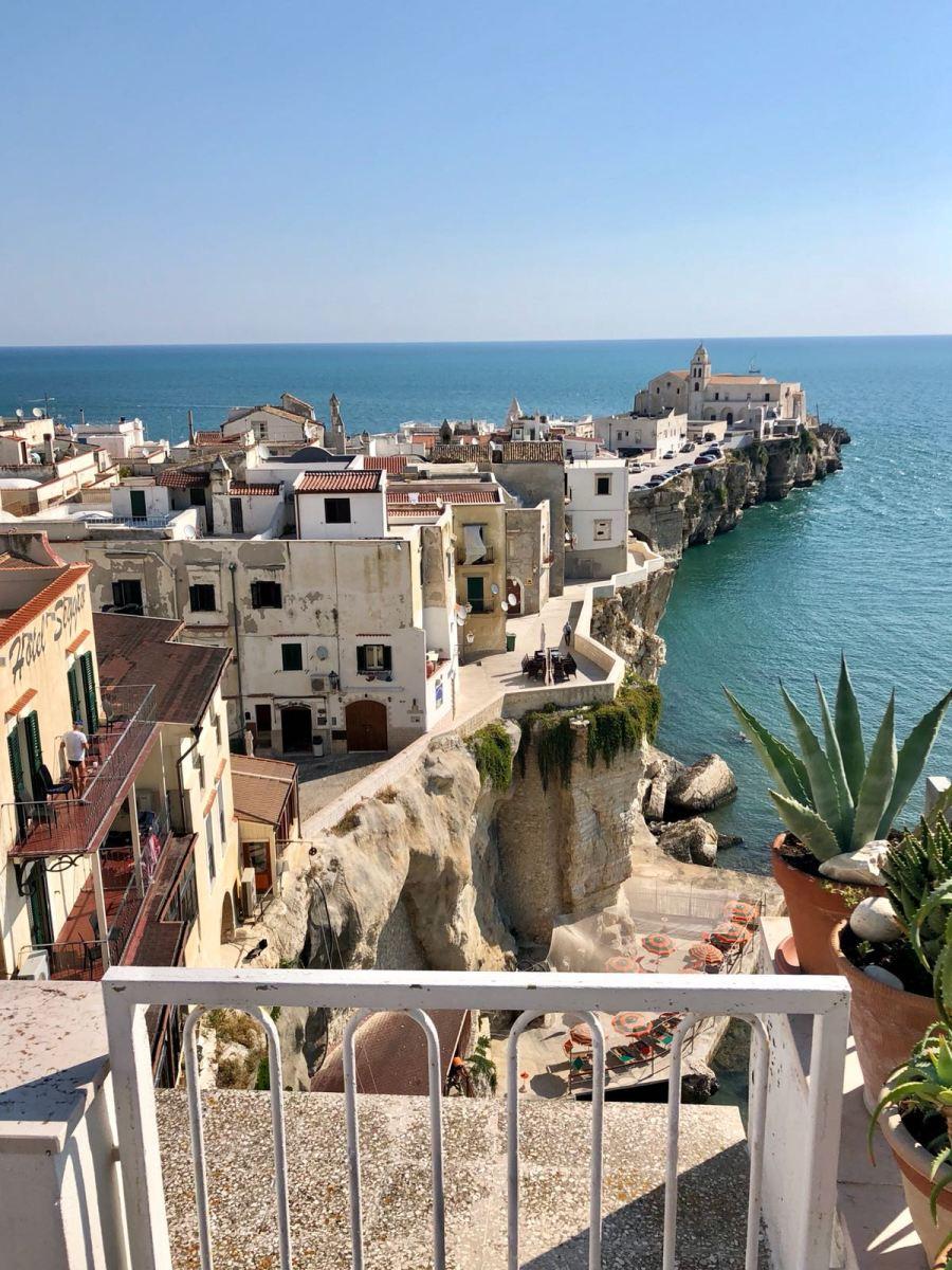 fuga di fine estate in Puglia Ntasha Stefanenko vieste 1