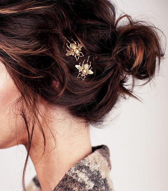 Soluzioni last minute per capelli che odiano l'umidita byrdie.com