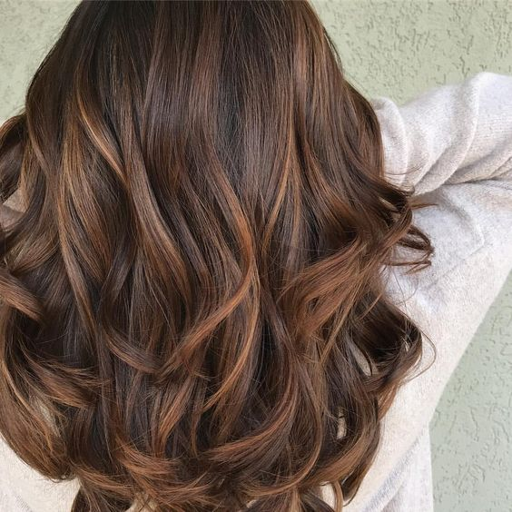 Тренды волос 2019, карамель