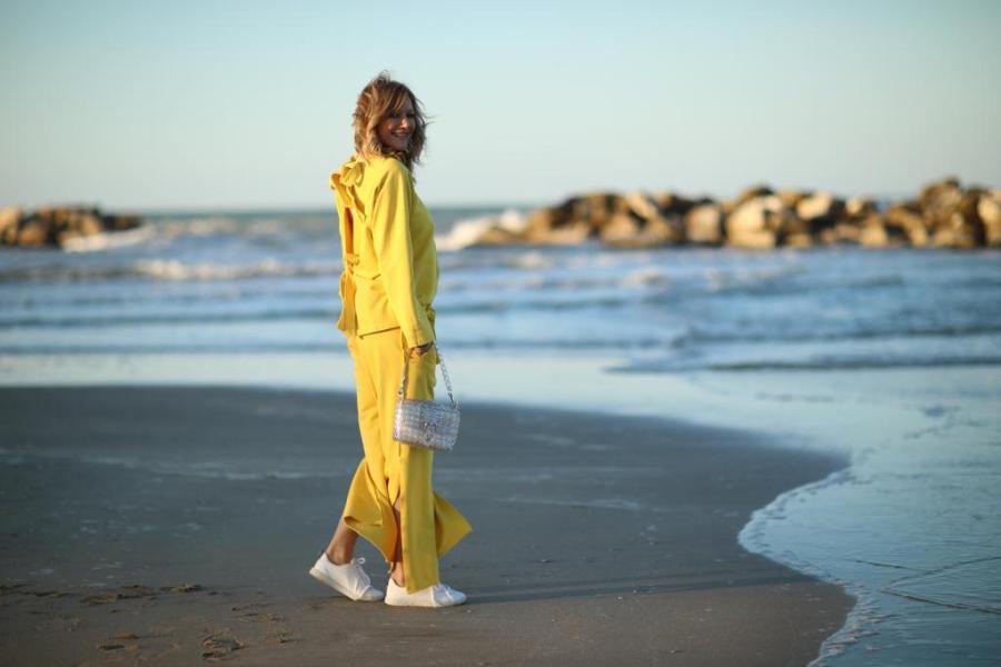 Giallo come indossare il colore della primavera estate 2019 Natasha Stefanenko