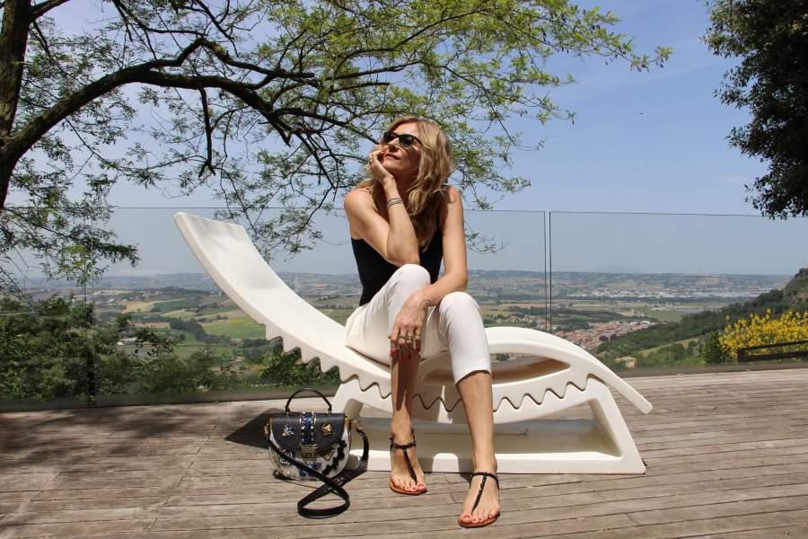 5 моделей универсальных босоножек и сандалиев на лето 2019, выбор Наташи Стефаненко