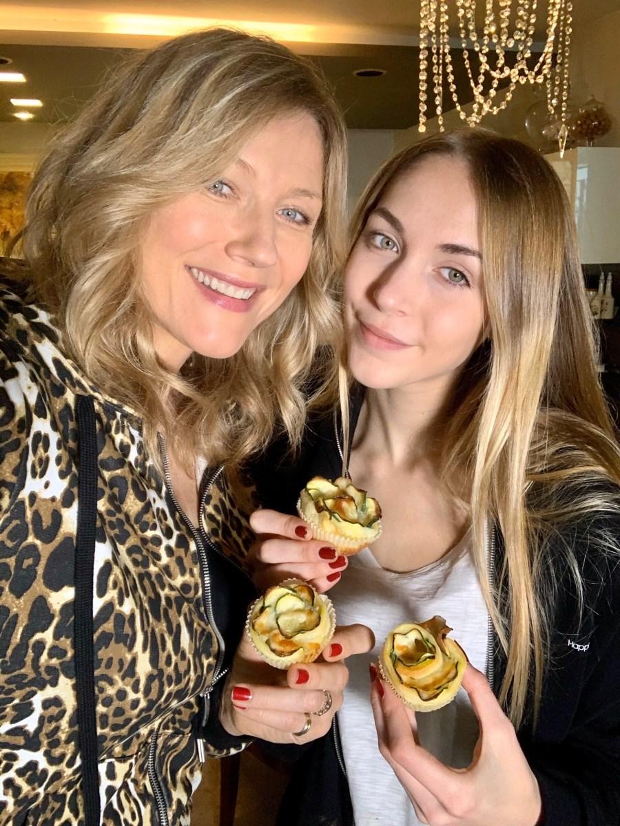Ricette da fare con figli di Natasha Stefanenko, le rose con zucchine