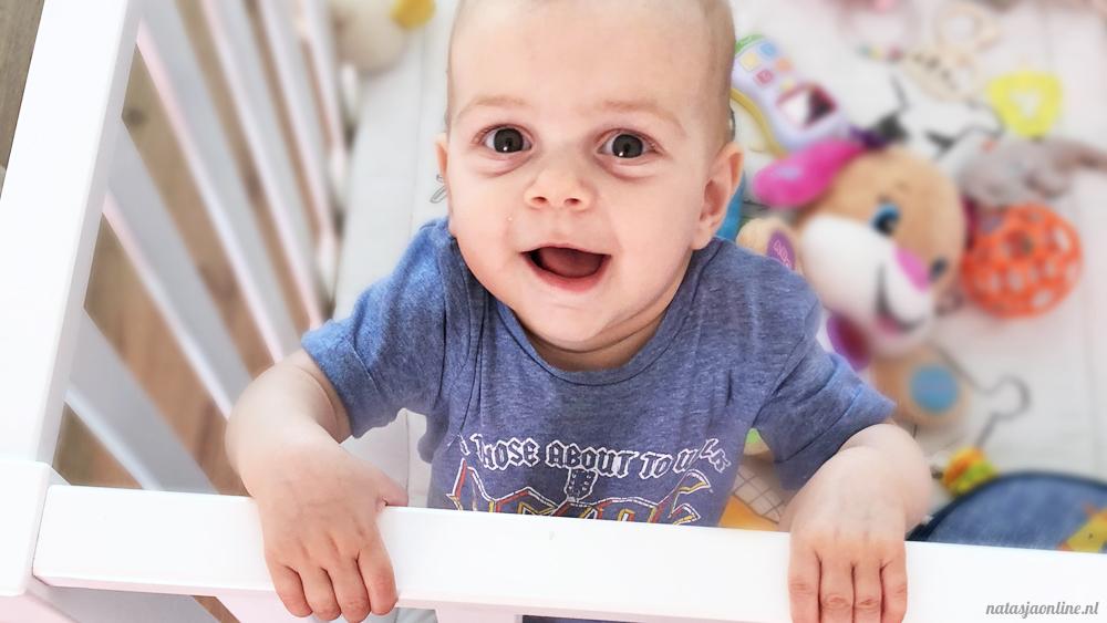 Wat een vrolijke baby hebben jullie!