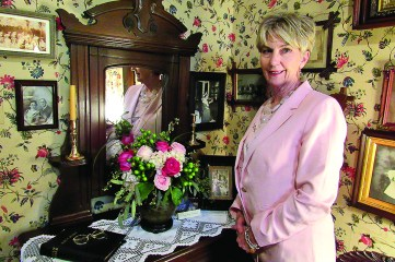 Rita Kate Breedlove primarily used pink roses, white hydrangea and coffee beans in her floral arrangement.