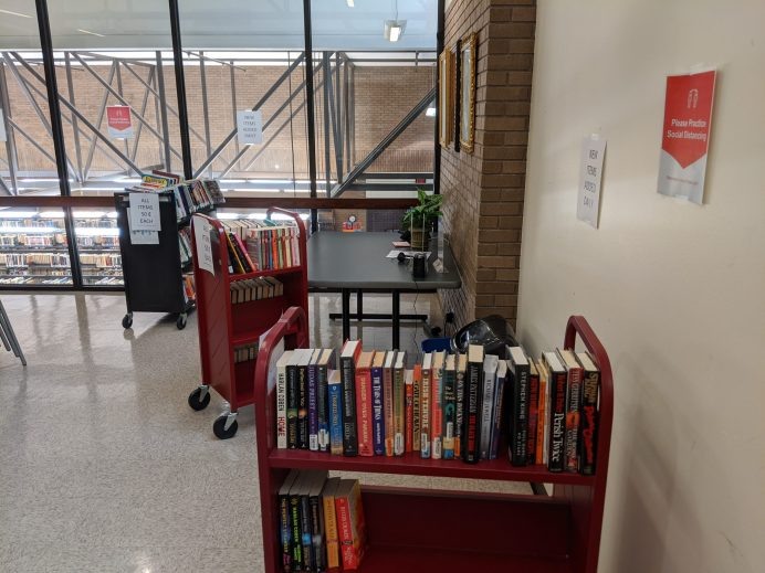 Friends of the Library hosting mini book sale