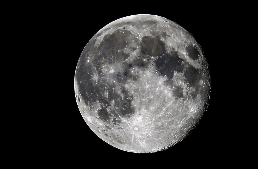 月亮上的人影 - 國家地理雜誌中文網