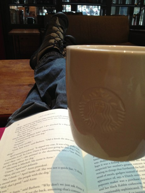 I ended up reading at the Starbucks across from Powell's the other day - enjoyed a nice glass of Refresh (mint tea).