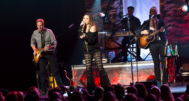 header-saraevans-lerner-elkhart_in-20151220-johnreasoner