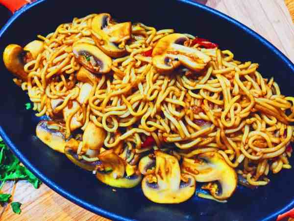 Cheats mushroom Chow Mein Chinese National Dish