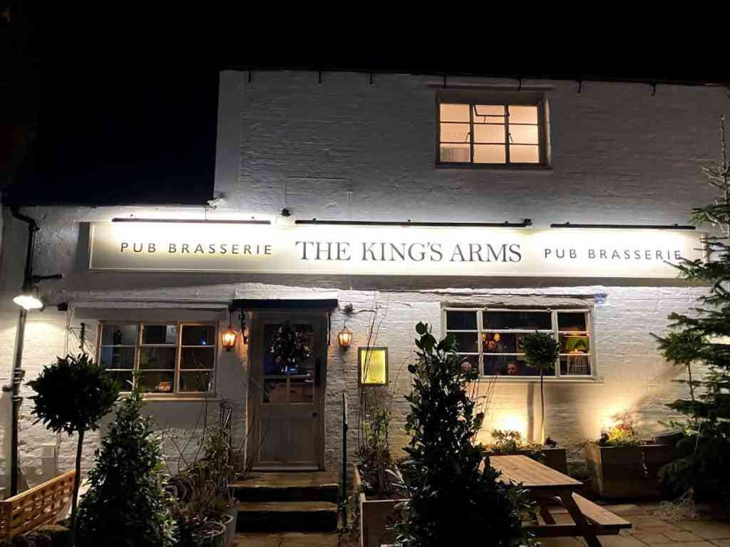 The Kings Arms really is set within a cracking building - here it is at night