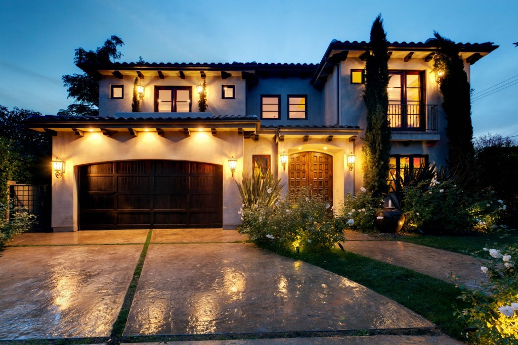 special-olympics-dream-house-front-california-design-houses-concrete-modern-house-design-in-two-storey-house-design