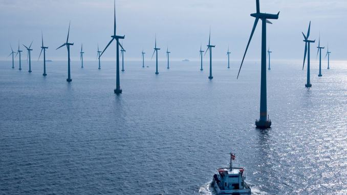offshore wind farms helped the UK to set a green energy generation record on June 6, 2017
