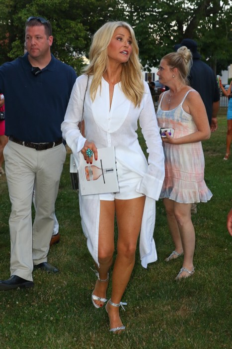 Christie brinkley dating Christie Brinkley's Dating Problem: Hard to Meet Nice Guys at 63 Years Old,
