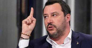 VIDEO – Matteo Salvini spune că nu își va lăsa copiii să fie închiși în plexiglass cu botniță pe față (Noua Normalitate în Școli)