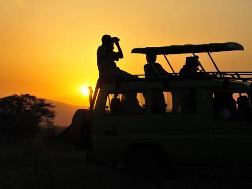 TOP 10 TOURIST ATTRACTIONS IN WESTERN UGANDA: Uganda safari.