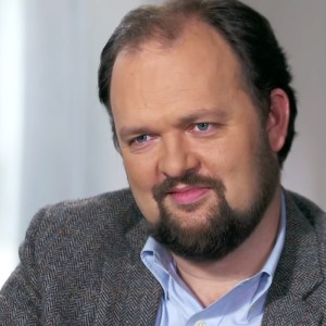 Uncommon Knowledge: Ross Douthat's Decadent Society | National Review