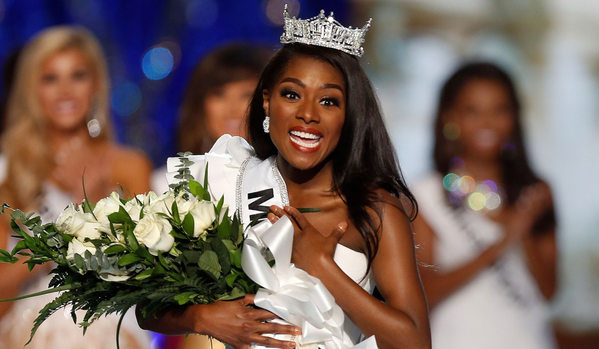 Special Episode: Miss America 2019 Nia Franklin — Passion for Education & the Arts [41]