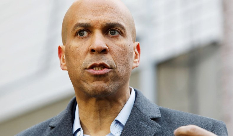 Booker Promises to Choose a Woman as Running Mate