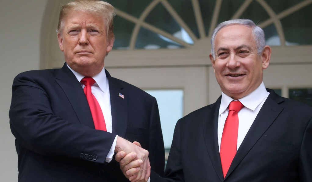 Trump, Israel Face Bipartisan Criticism after Omar & Tlaib Are Denied Entry
