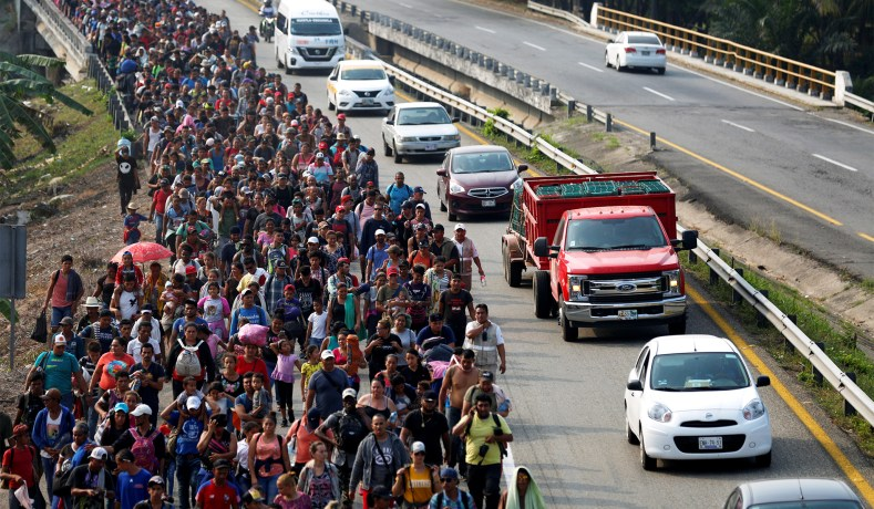 POLL: Majority of Mexicans Supports Deportation of Central American Migrants