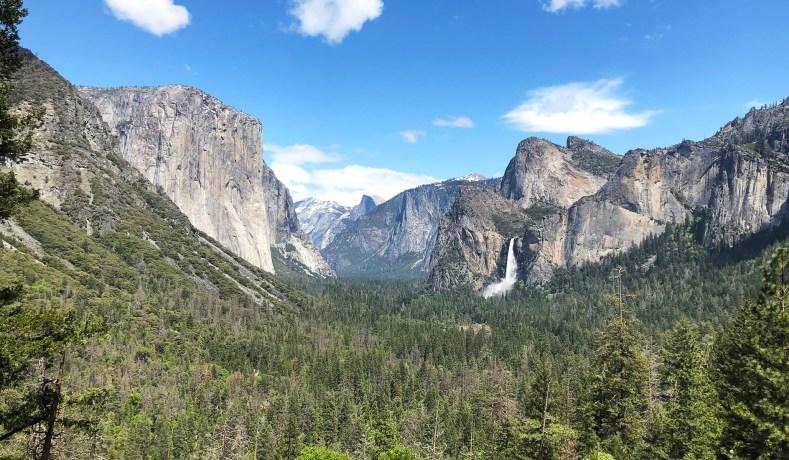 A British Tourist Heads West Through America