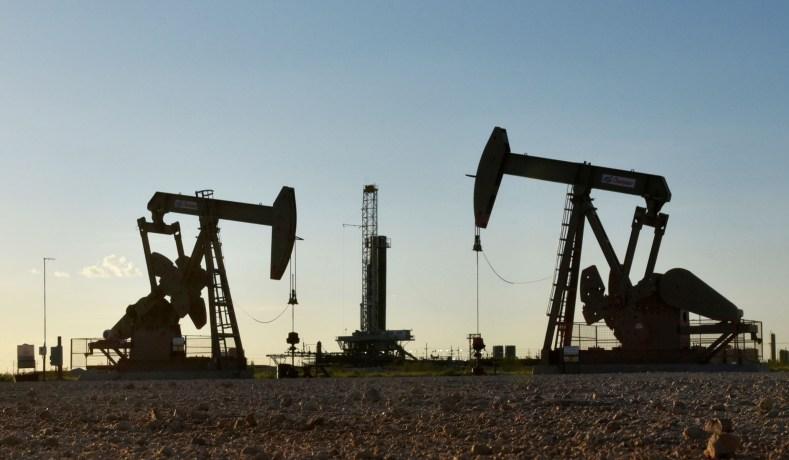 Green Groups Fight Trump's Oil-Drilling Deregulation
