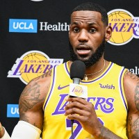 LeBron James Deletes Tweet Calling for Prosecution of Columbus Cop Who Shot Knife-Wielding Teen