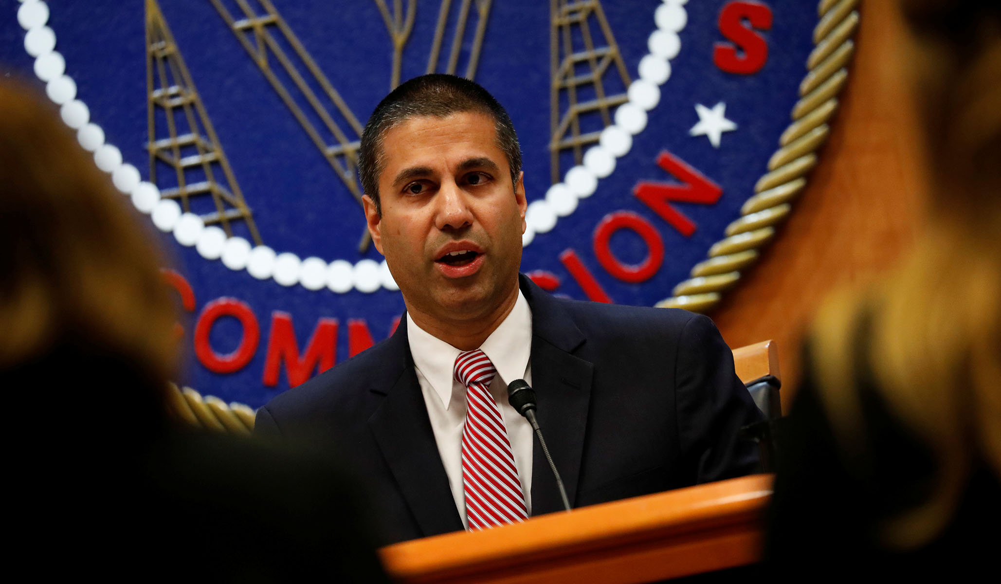 FCC Blocks China's Huawei and ZTE from Billions in Federal Broadband Subsidies