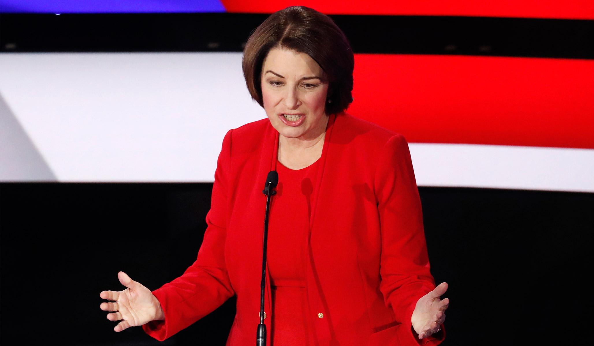 In Last Democratic Debate before Iowa, Klobuchar's Failure to Catch Fire Is Good News for Biden