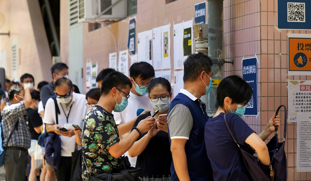 Half a Million Hong Kong Residents Defy Government Warnings to Vote in Pro-Democracy Primary