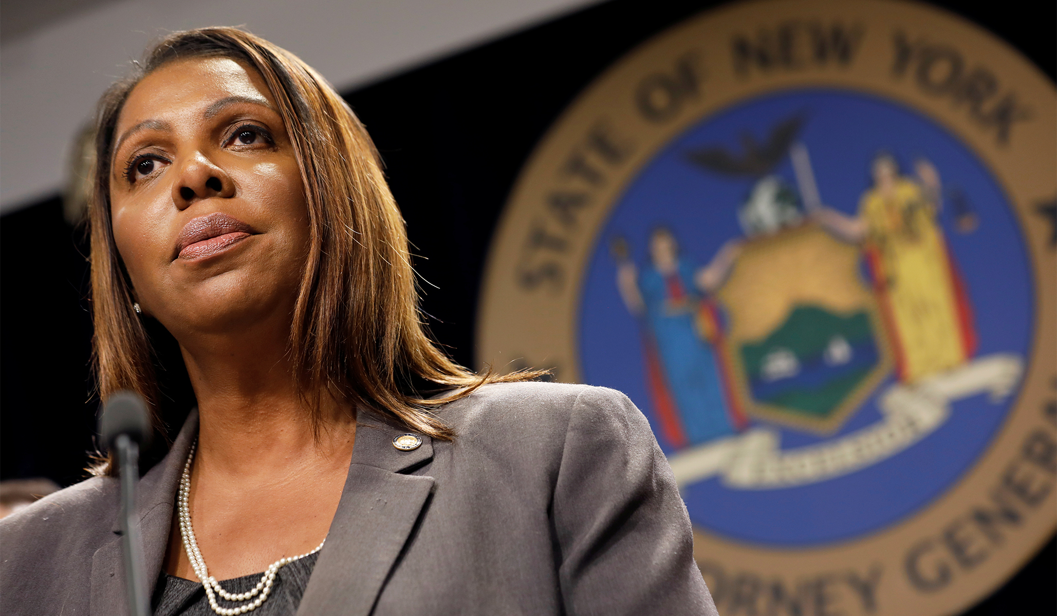 New York State AG's New Plan Would Strip NYPD Control from Mayor de Blasio: Report thumbnail