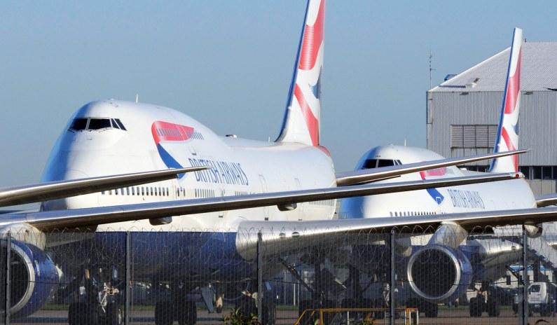 EU Countries Ban Flights from Britain over New Coronavirus Strain thumbnail