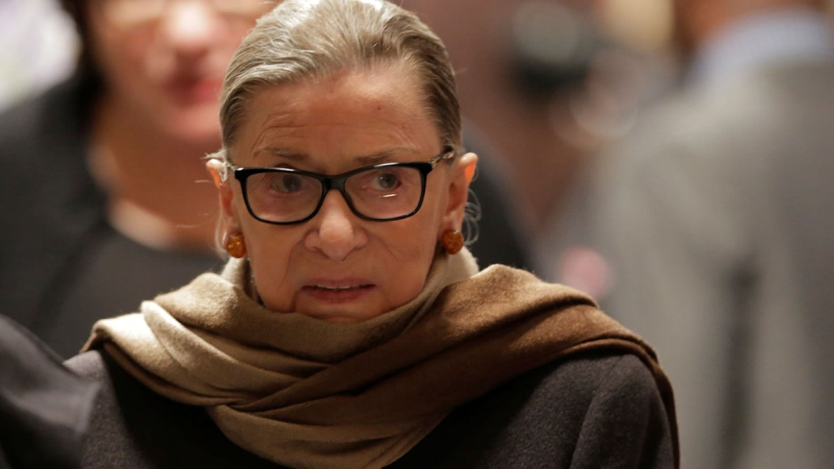 Democratic Candidates, Causes Rake in $300 Million in Small Dollar Donations after Ruth Bader Ginsburg's Death