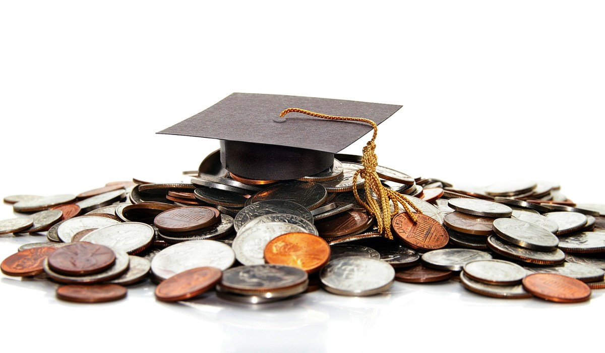 Shoveling Money into the Bottomless Pit of Student-Loan Debt | National Review