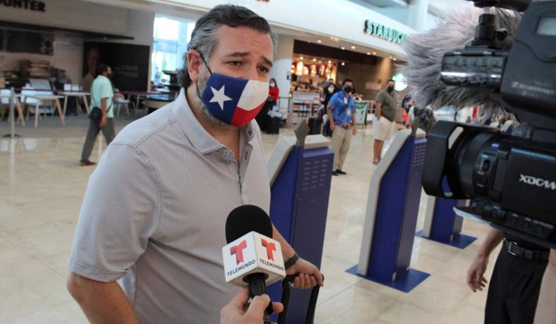 Ted Cruz Flew to Cancun in Midst of Massive Power, Heating Outages in Texas