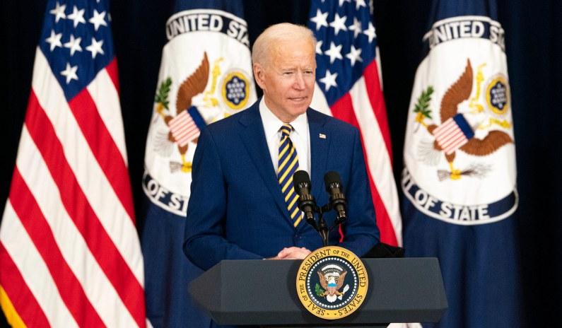 Joe Biden Should Show Solidarity with Trump's Team against China thumbnail