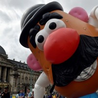 Hasbro to Remove 'Mr.' Title from Famous Potato Head Toy