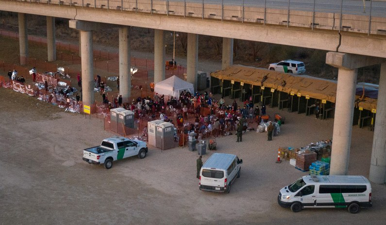 ICE Books Hotel Rooms for Six Months to House Migrant Families at Border thumbnail