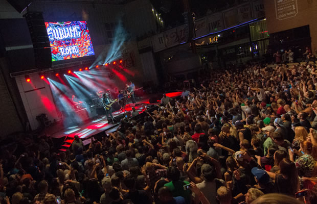 sublime with rome at kc live block in kansas city mo on 19 aug 2015 national rock review. Black Bedroom Furniture Sets. Home Design Ideas