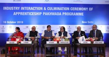 state_governments_and_industry_commit_7_lakh_apprentices