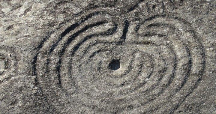 Petroglifos: cuando las piedras hablan con José Luis Lara