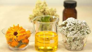 beaker of hair oil