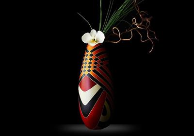 Collection de vases uniques et contemporains réalisés à partir de techniques précolombiennes.