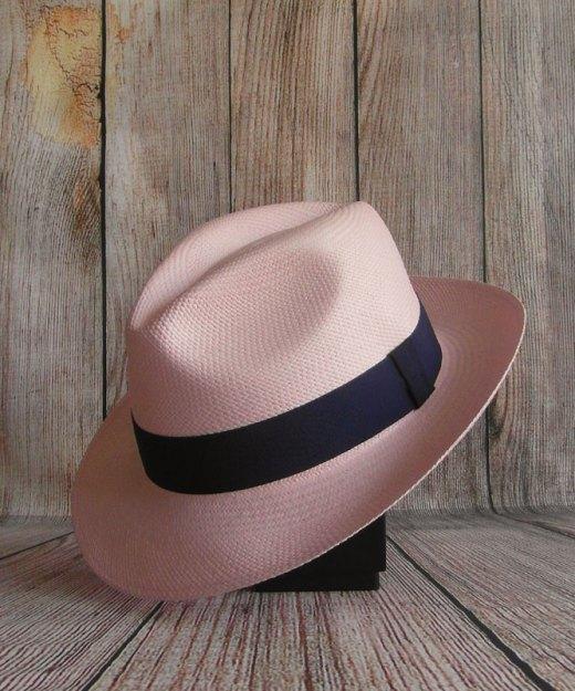 Panama rose pâle