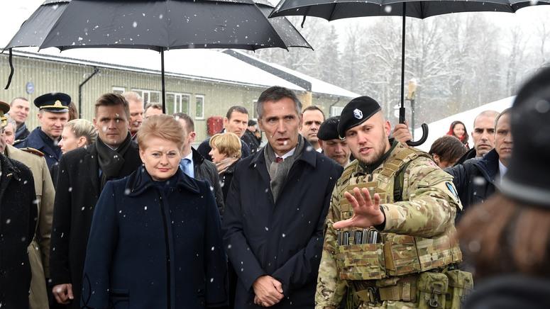 NATO Secretary General Jens Stoltenberg and Ms Dalia Grybauskaite, President of Lithuania