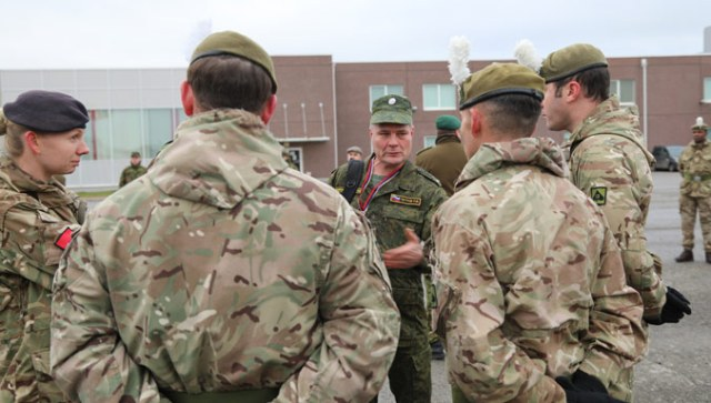 NATO personnel meet Russian arms control inspectors at Estonia's 1st Infantry Brigade in Tapa on 8 November 2017. Copyright: Estonian Defence Forces.