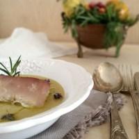 Palamita in piastra al sale con crema di ceci e rosmarino